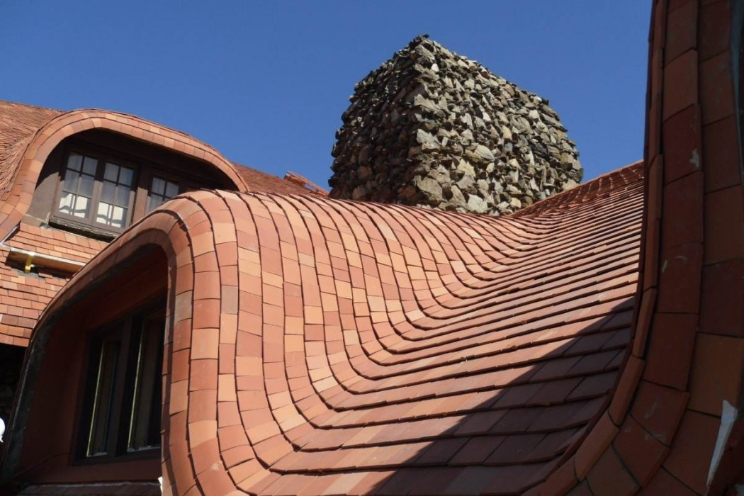 The Grove Park Inn S Original Red Clay Tile Roof One Of Historic Hotel Trademark Features Was Completely Replaced In 2000 And Quickly Began To